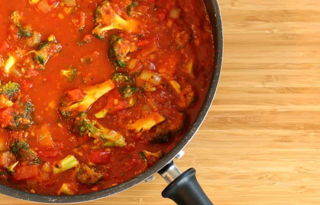 Sauce tomates brocoli et curcuma.