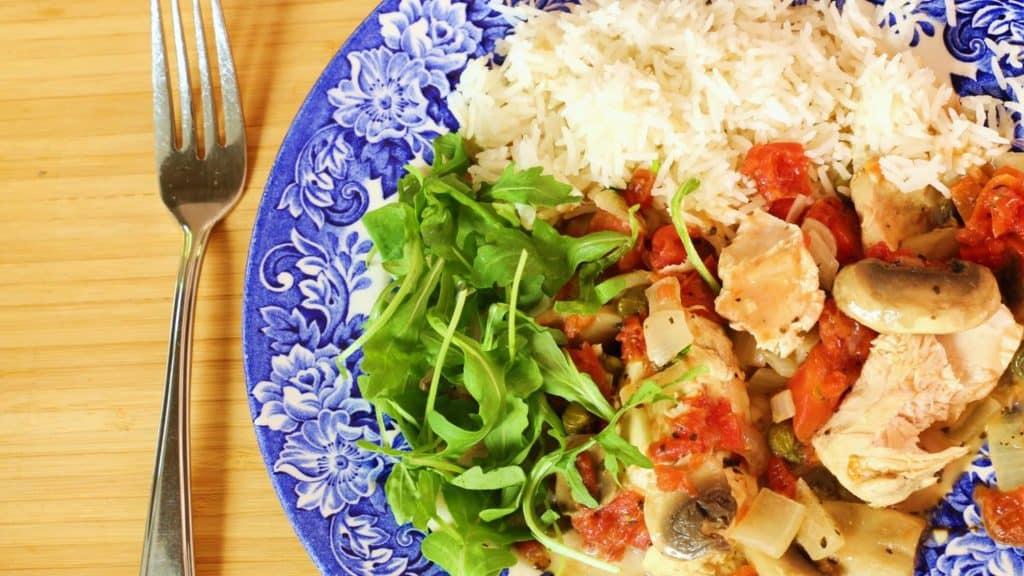 Poulet chasseur sans produits laitiers dans l,article de salsa maison aux 2 tomates
