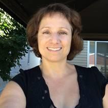 Photo d'une cliente, Carole Poirier, qui témoigne de son expérience de coaching paléo.