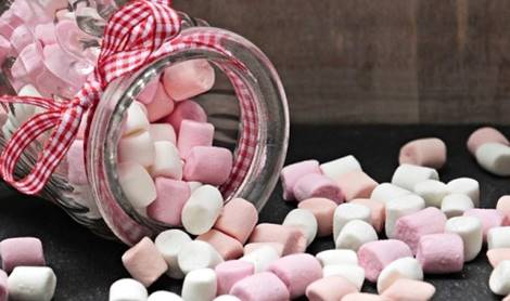 guimauves dans un bocal dans l'article faut il arreter le sucre