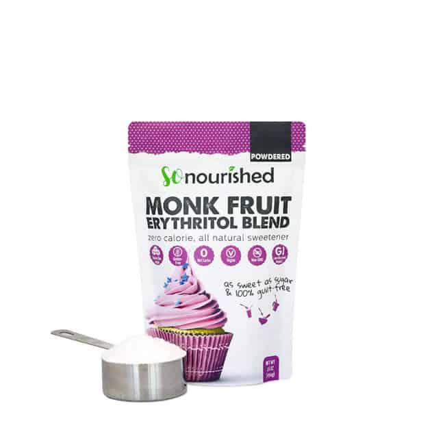 Sac de sucre d'alcool erythritol en poudre et fruit du moine de so nourished