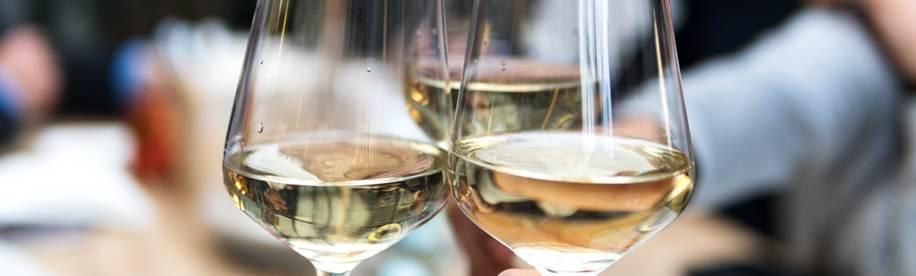 3 verres de vin faibles en sucre dans la catégorie vin blanc